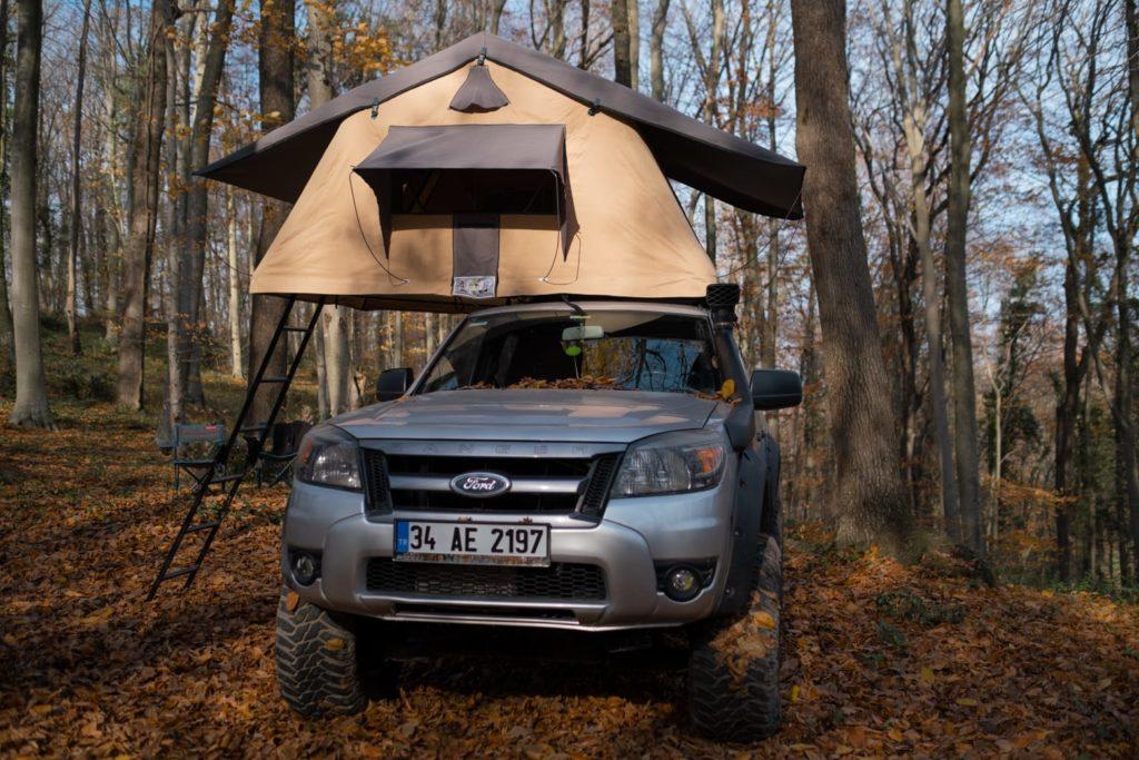 Araç üstü çadır zemini